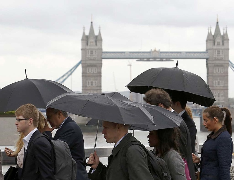 Londonban 4 százalék alatti magyar alapkamatot várnak