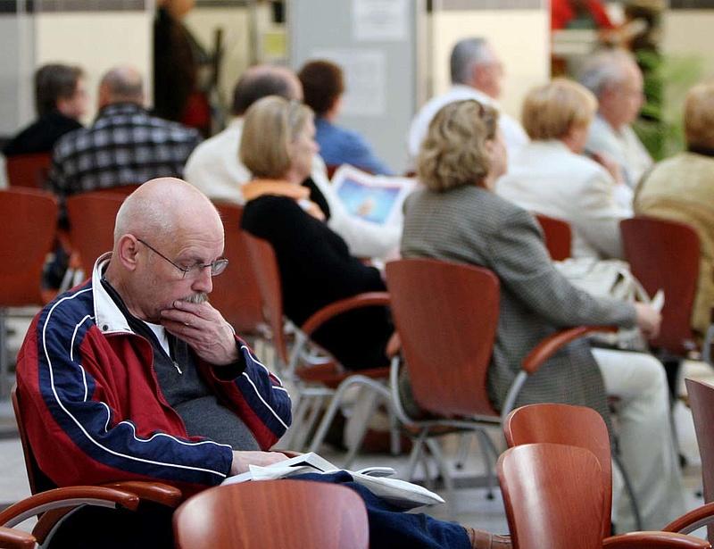 Nagyobb nyugdíjat akar? Mutatjuk, mennyit kell spórolnia