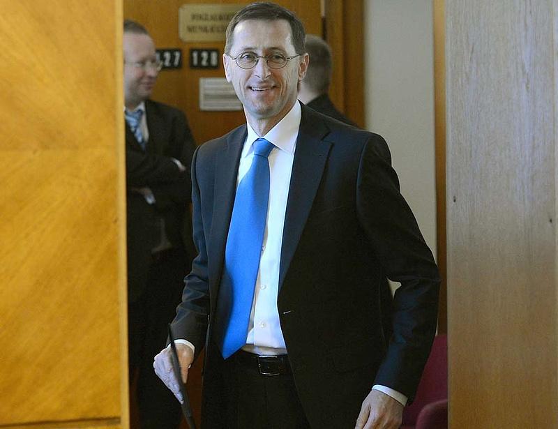 Varga: Olli Rehn nem ígért semmit