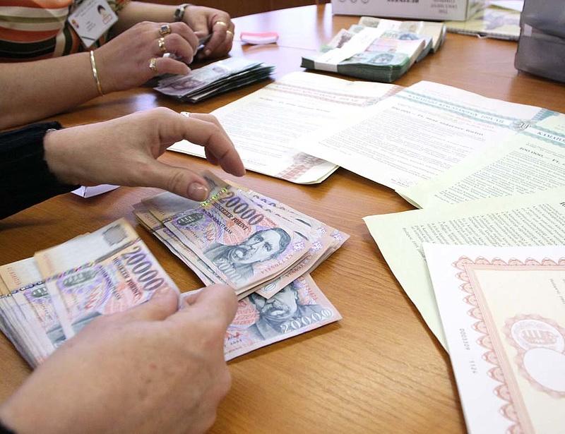 Folytatódik az állampapírkampány - milliárdos keret pályázható