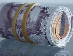 Bajban vannak a bankok - nagy kamatcsata kezdődhet