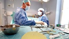 Világszerte nagy baj lehet a beültetett orvostechnikai eszközökkel