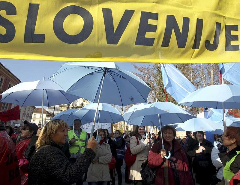 Leminősítette Szlovéniát a Fitch