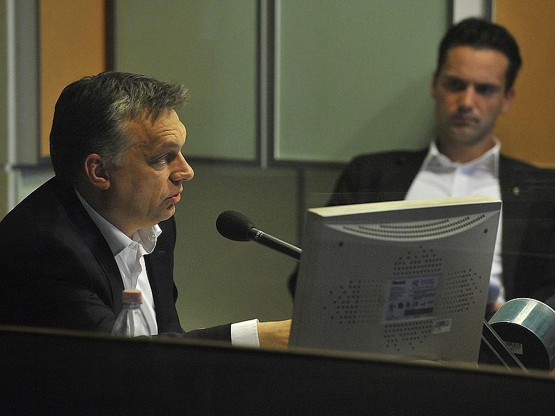 Orbán: szóba jöhet a tranzakciós illeték emelése