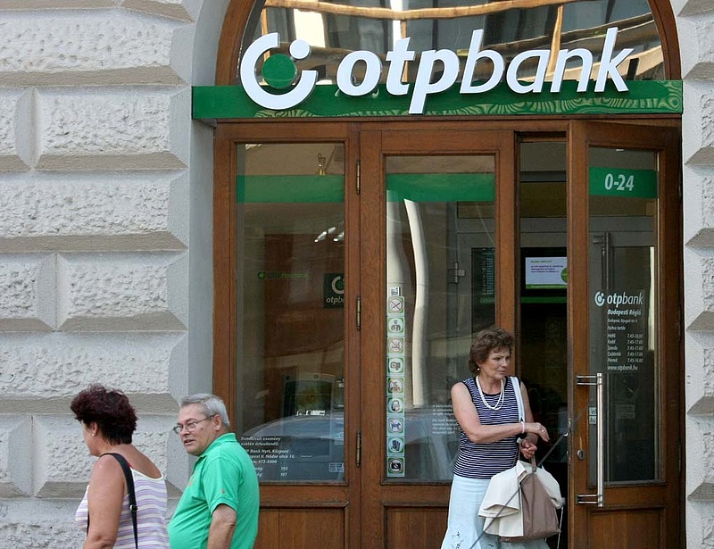 A bankár elad - s a kormány?