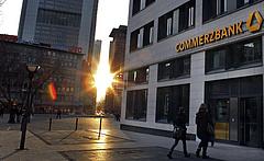 Kivonul egy nagy német bank Magyarországról