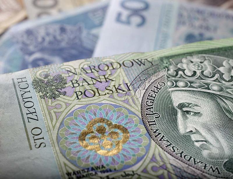 Nő a lengyelek részesedése a hazai bankokban