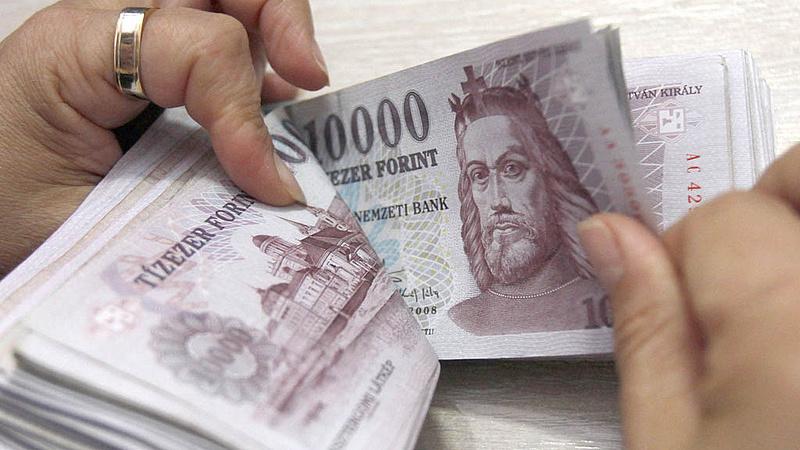 Bankjegycsere: következik a végállomás, mindenkit érint