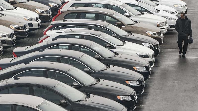 Autóvásárlás: az adásvételi szerződésekre figyelmeztetnek