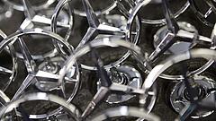 Csak idén 3 millió új Mercedes kerülhet az utakra