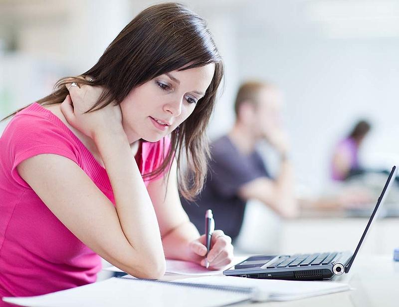 NGM: fontos a cégek bevonása a gyakorlati képzésbe
