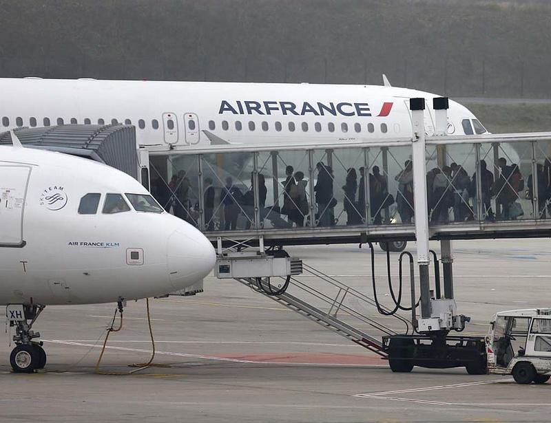 Törölték két induló és három érkező budapesti járatot