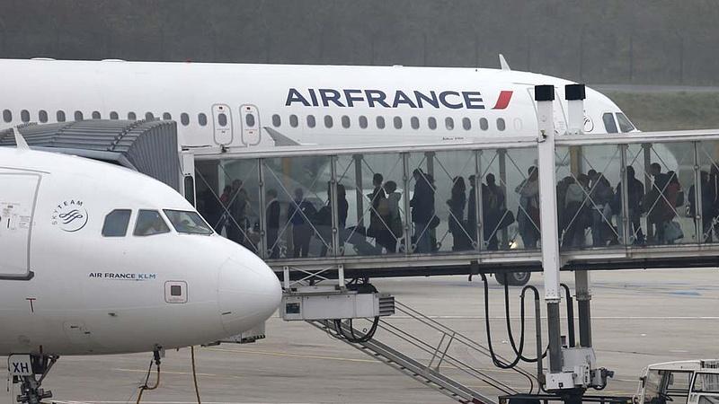 Káosz lehet holnap a légi közlekedésben