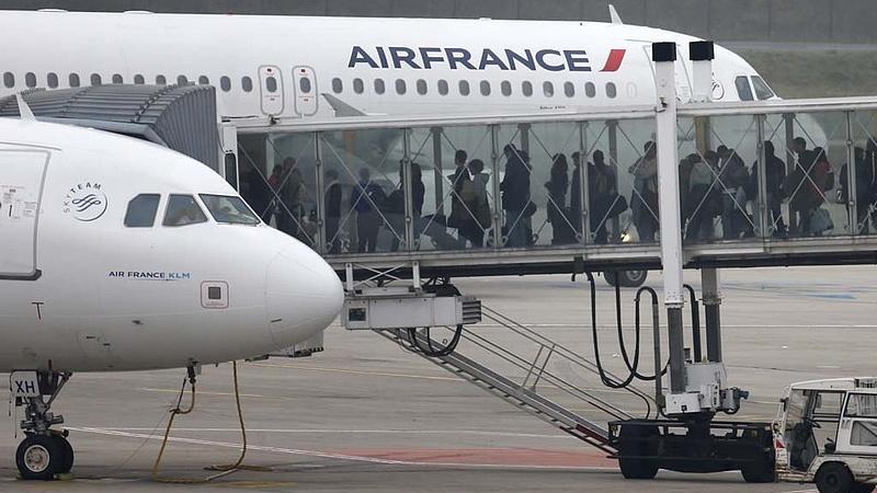 Az Air France is leállítja kínai járatait