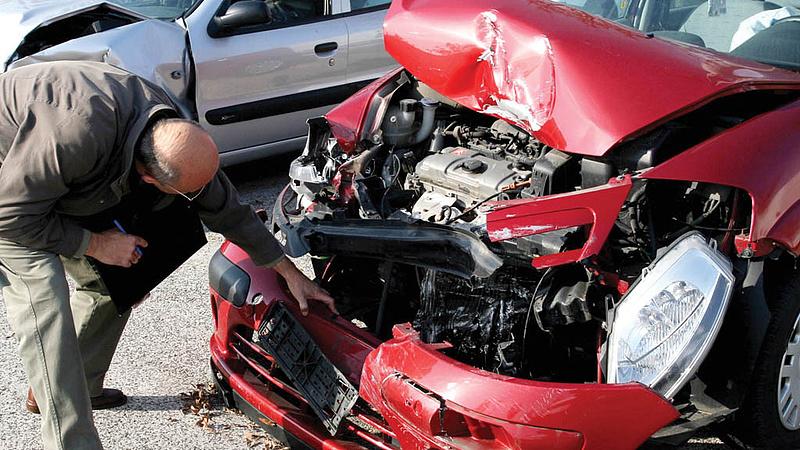 Autósok, figyelem: érdekes kgfb-s eset került napvilágra!