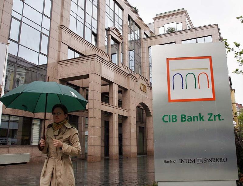 Teljes a káosz a CIB Bank rendszerében