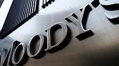 Meglepő adatokat közölt a Moody's