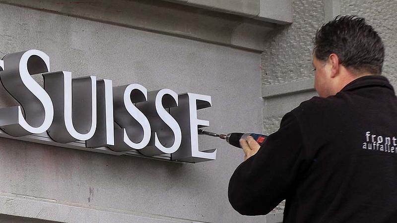 Jelentős veszteségre számít a svájci nagybank