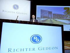 Esett a Richter nyeresége tavaly
