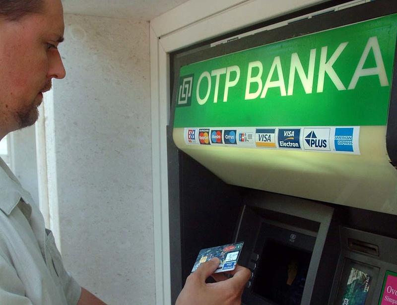 Horvát bankot vett az OTP