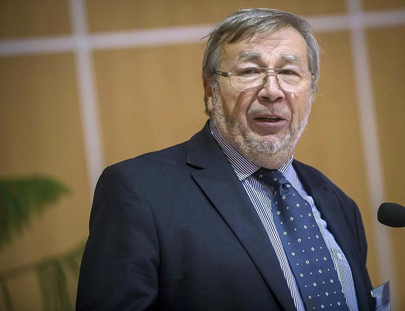 Kovács: változtatás kell a beruházási politikában és a hitelezésben is