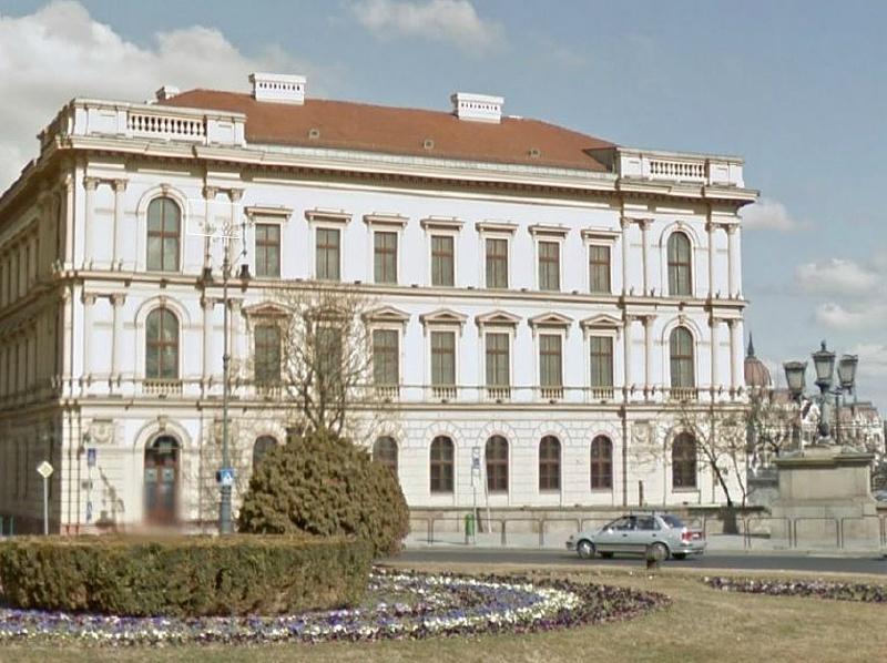 Az Exim büntetőfeljelentést tett a Lánchíd Palota szerződéseinek ügyében