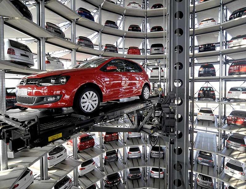 Fitch: negatív kilátás a VW-nek