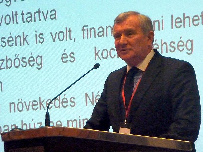 Járai megdicsérte Orbánt