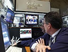 Felébredtek a Goldman Sachsnál - kockázatokat látnak Európában