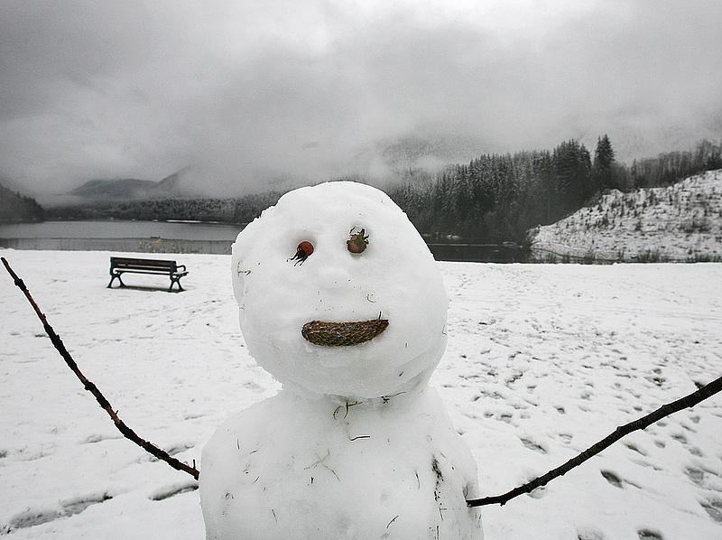 Drágul a cukor, a csoki, sok hó, nagy hidegek - ezt hozza a tél