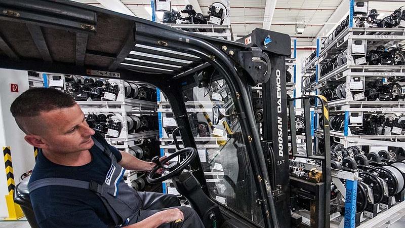 Jó hír érkezett: még több autó készül Győrött