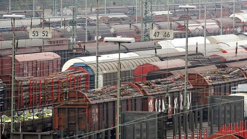 Száguldhat a kelet-kínai tengerpartól Budapestre érkező tehervonat