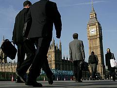Így korlátozná a külföldi munkavállalást Nagy-Britannia