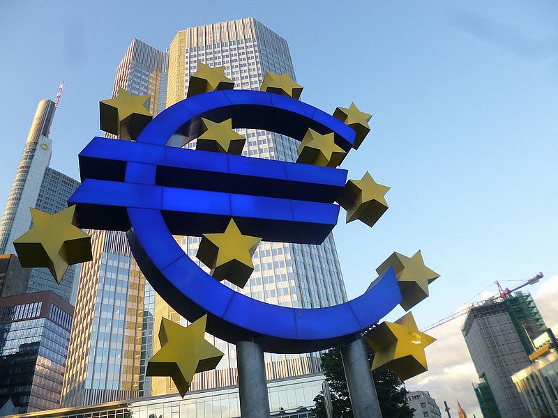 Az ECB fontolgatja, hogy a gyengébb országokra nagyobb kockázatokat hárít