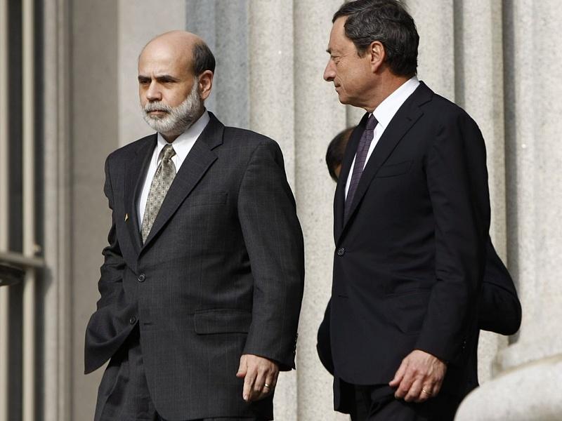 Bernanke ügyesebb Draghinál