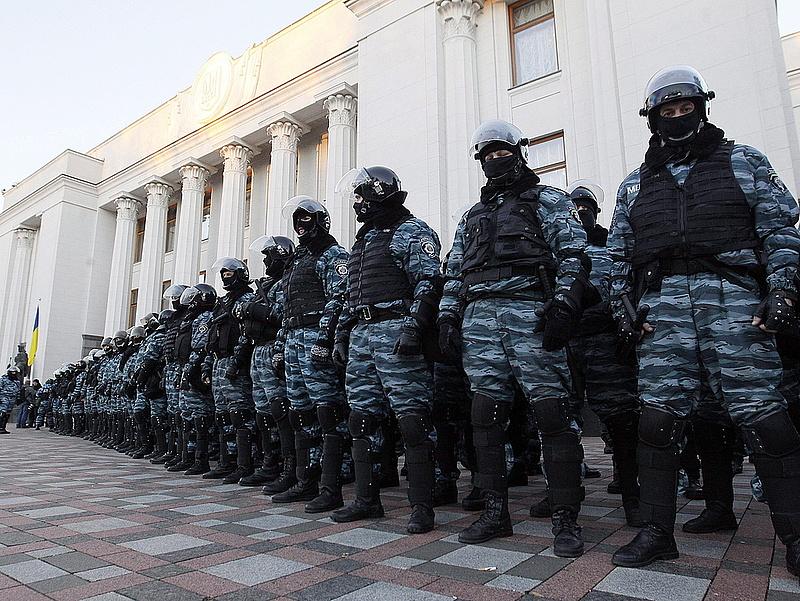 Orosz elit kommandó készül Kijevbe?