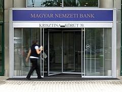Hitelből akarta előteremteni az önerőt? Nem fog menni: erőteljes korlátozást vezet be az MNB