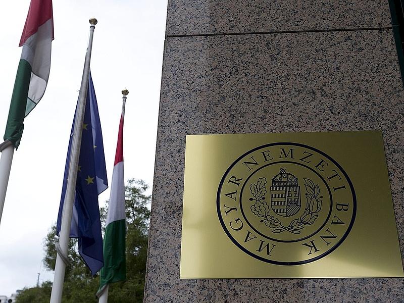 Bírságot kapott a Polgári Bank