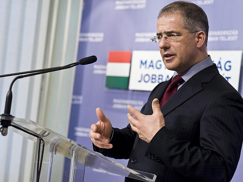 Itt a Fidesz listája