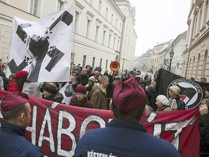 Ezért tüntettek Budapesten