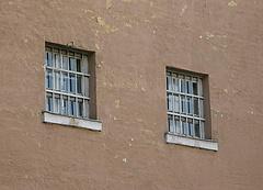 Börtönigazgatókat menesztett Pintér
