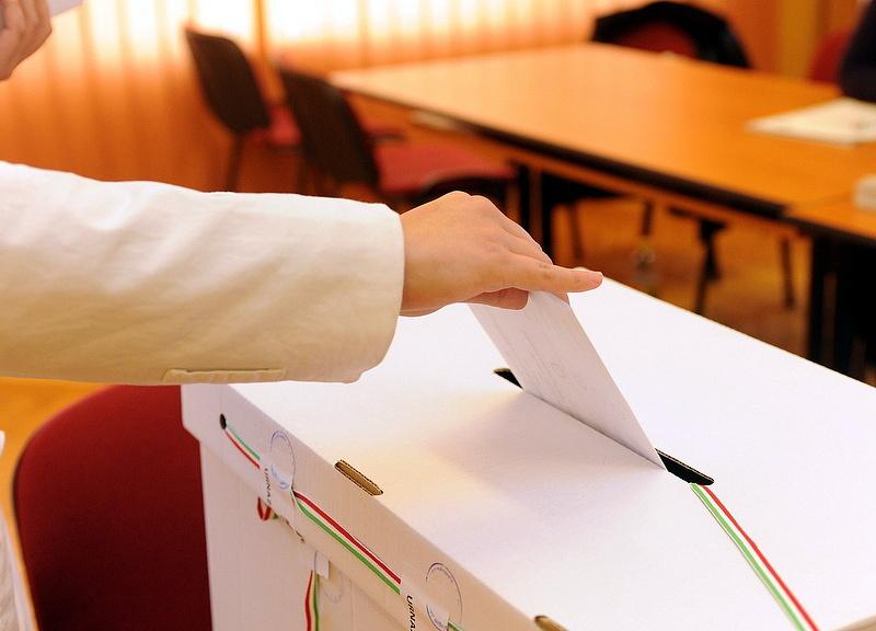 Ha most lenne a választás, a DK és az LMP nem jutna be a parlamentbe