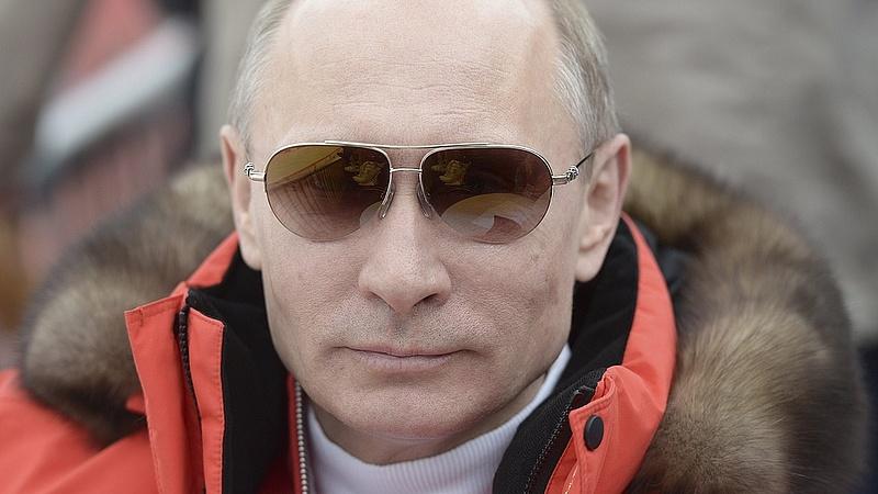 Mindent bevet Putyin, hogy visszaszerezze népszerűségét
