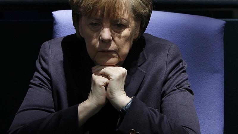 A németek csaknem negyven százaléka szerint Angela Merkelnek távoznia kell