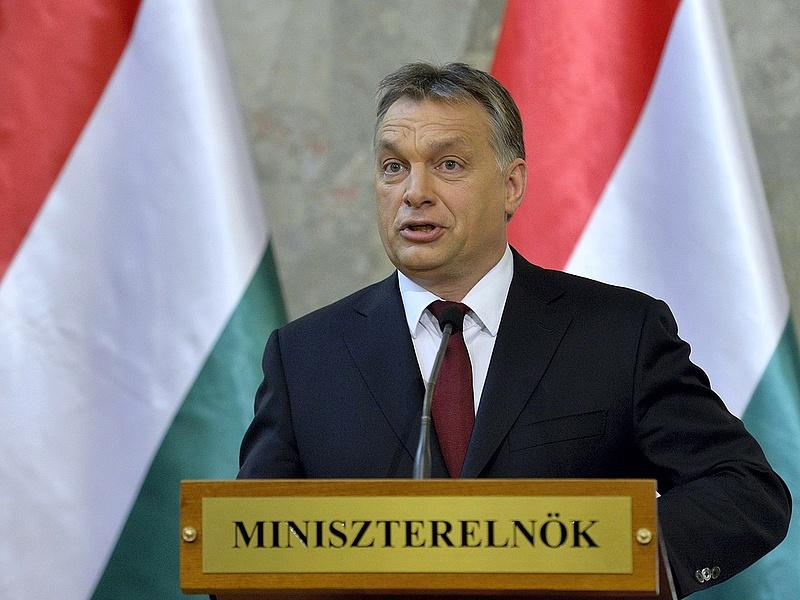 Orbán őszre segítséget ígért a devizahiteleseknek