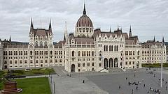 Éjféli törvényjavaslat: a kormány megnehezítheti az ellenzék dolgát