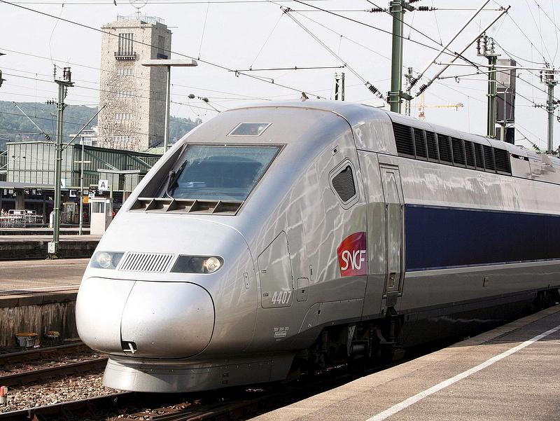 Terjeszkedik a francia állami vasút