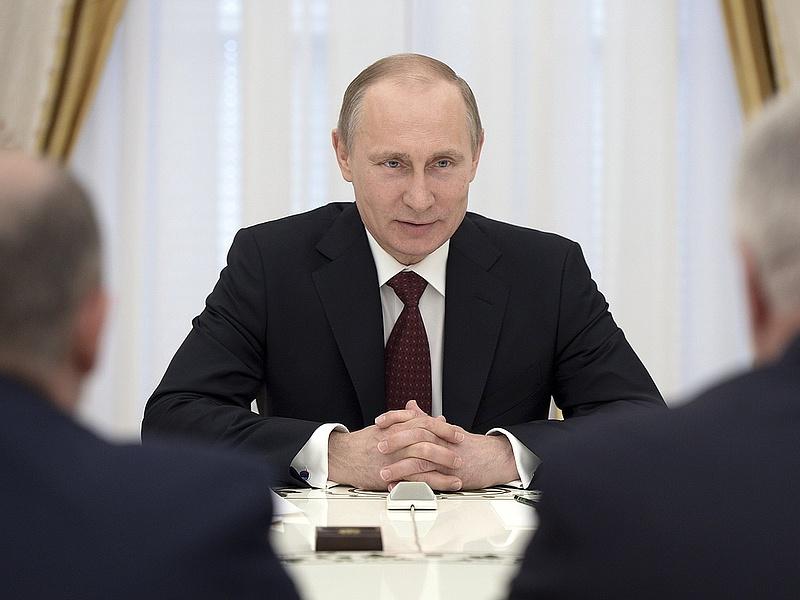 Putyin: a Nyugat újabb falakat épít