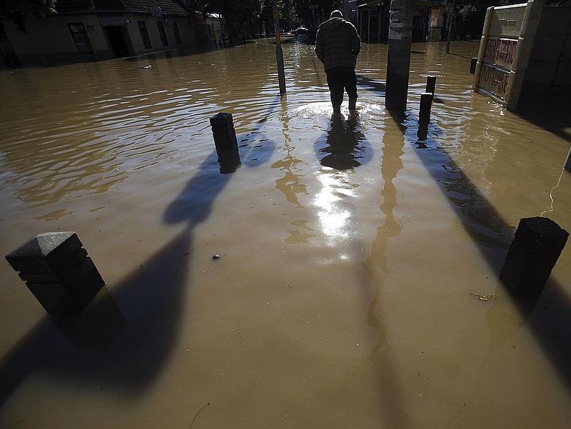 Árhullámok várhatók több folyón