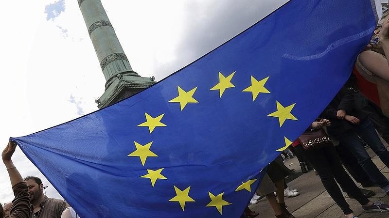 Az EU most az USA-val akaszthatja össze a bajszát